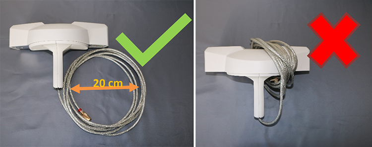 Figure 8: Coiling of the FireWire cable. On the left, the cable is coiled so that there is no damaging tension in the cable. On the right the cable is wrapped around the casing of the device providing a bending radius of less than 10 cm.